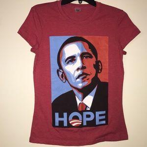 Obama commemorative T Shirt 👚