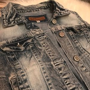 Jackets & Blazers - new Super Cute Jean Jacket Vest