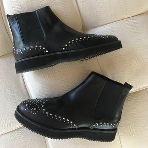 NWOT Michael Michael Kors Black Studded Booties 6