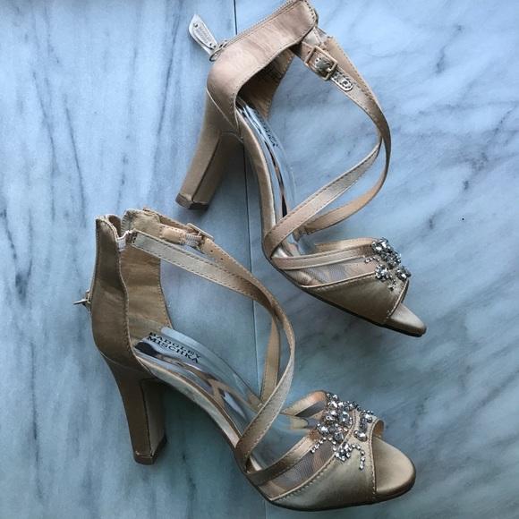 3cce96c3be70 Badgley Mischka Other - Badgley Mischka Girls Fancy Heels