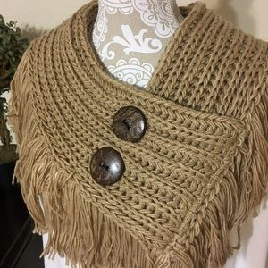 Accessories - 🎉HP🎉 Mocha Button Fringe Infinity Scarf