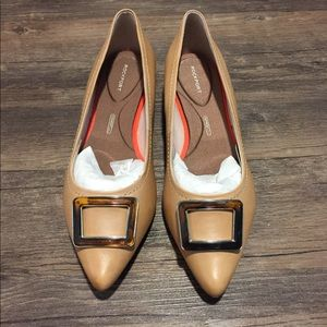 Brand New, Unused Rockport Nude Flats Size 9M