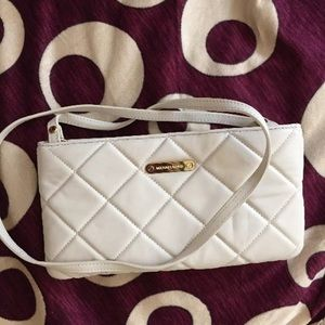 Like New Michael Kors clutch / Crossbody Bag