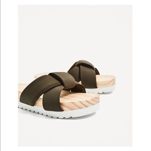 ZARA- PREMIUM WOODEN SANDALS- brand new with tags
