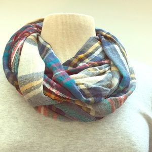 Infiniti plaid scarf