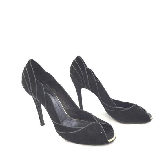 54b572e2abb Out saturday FENDI Black Peep toe suede heels