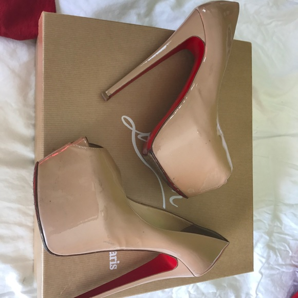 5e12bfed8cc Christian Louboutin 'Your Highness' Size 37