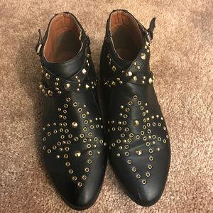 Studded booties !