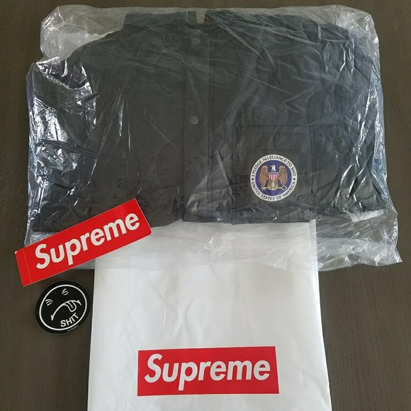 dd6da6786c87 100% Authentic Supreme Quilted liner hooded jacket