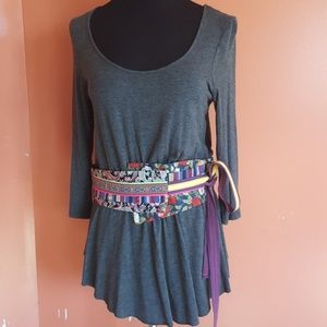 Anthropology common threads tribal print belt top
