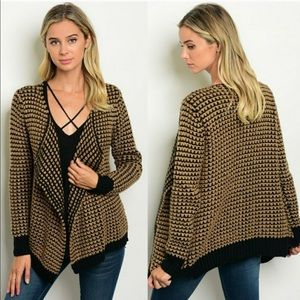Sweaters - *SALE* NEW Retro Cardigan! - Perfect for fall!