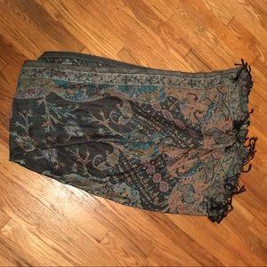 Accessories - Gorgeous boho scarf/pashmina