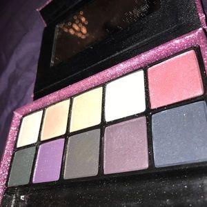 be3fe0a677dd3 Victoria's Secret Midnight Jewels Makeup Pallet