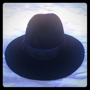 Black Banded Wool Fedora Hat ✨BRAND NEW✨