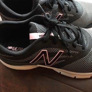 New Balance 713 Ultra Soft Insert Sneakers, Sz 10