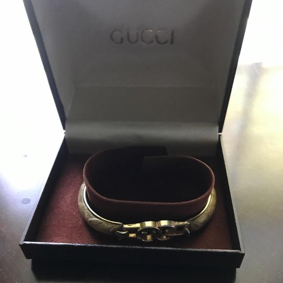 6d55a5aa007 Gucci Jewelry - 💯 Authentic 24k gold Gucci Python bracelet sale💖