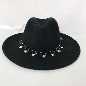 Black felt hat
