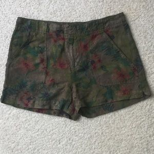 Floral Sanctuary Shorts by Anthropologie