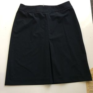 [Ann Taylor Loft] Black Front Pleated Black Skirt
