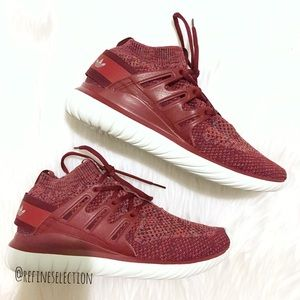 Le adidas originali tubulare, nova primeknit scarpe poshmark