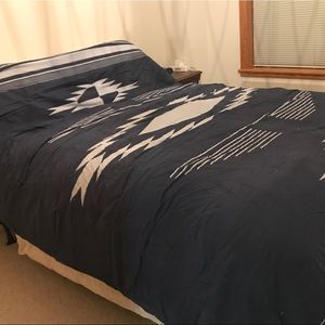 Urban Outfitters Bedding - 4040Locust Eagle Eye Vintage Indigo Quilt Comfortr