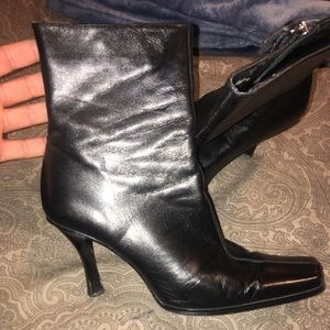 Guess by Marciano Low cut boots 7 1/2