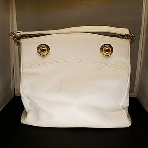 FINAL RODO white shoulder bag...NEVER BEEN USED!