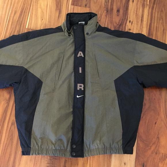 fa2b7aaba7cd Vintage 90s Nike Air Puffy Coat Jacket XL Swoosh. M 59b33e7b99086a5d5304d564
