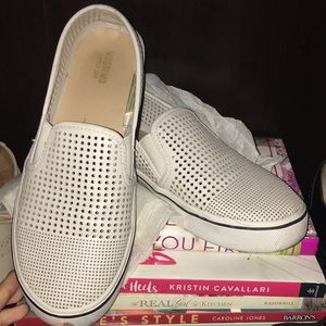 LOWEST Mossimo Slip Ons Sz. 6