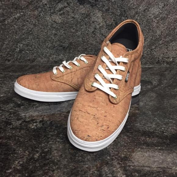 255aa5e11e ... Vans Classic Cork Look Shoes. M 59b342227f0a05f44f04e4d5