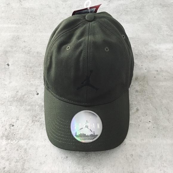 31b4ffb721423 Nike Jordan Jumpan Olive Green Heritage 86 Hat