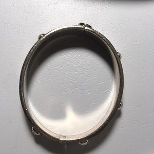 henri bendel Jewelry - Henri Bendel