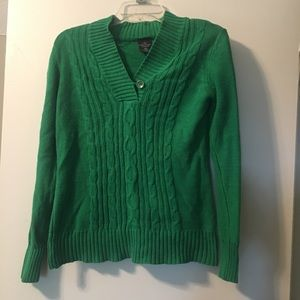 Green Sweater 🍀 Perfect for St. Patrick's Day!