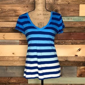 Gap Essential Ombré Blue Stripe VNeck Small