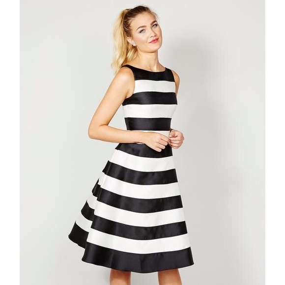 Adrianna Papell Dresses & Skirts - Adrianna Papell Striped Midi Party Dress