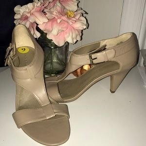 Shoes - Beige strap heels