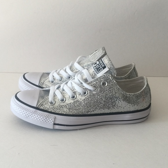 Converse Silver Glitter Chuck Taylor All Star Ox NWT