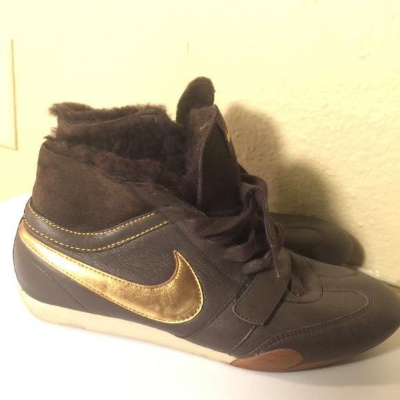 8d10e107fb8e Nike Brown Bronze Hightop with Fur RARE. M 59b362419c6fcf27d605a2f3