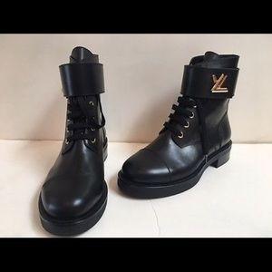 ada744552cb LV Wonderland Flat Ranger boots