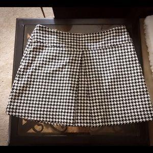 Trina Turk Mini skirt black and white