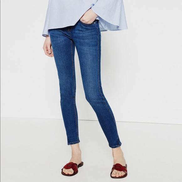 9735507b Zara Mid-Rise Zipped Hem Skinny Jeans