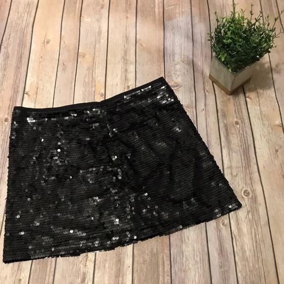 ac4ec57e235c NWOT Zara Black Sequin Mini Skirt. M_59b370385c12f8dac305d08f