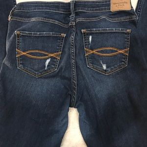 Abercrombie & Fitch Jeans - Abercrombie and Fitch distressed skinny jeans