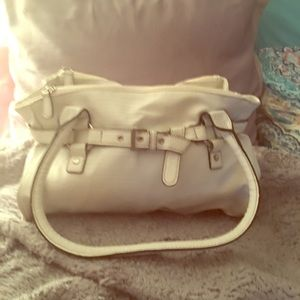 NWOT Croft & Barrow white purse - very well made🌸