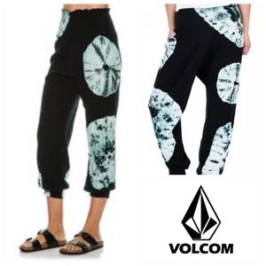 Volcom Pants - 🆕VOLCOM SMOCKED UP PANT