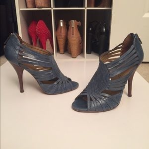 Boutique 9 denim blue booties open toe 7