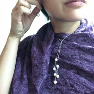 Jewelry - Pearl earrings and necklace