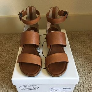 4a15bed8746 Steve Madden Women's Daly Ring Sandals