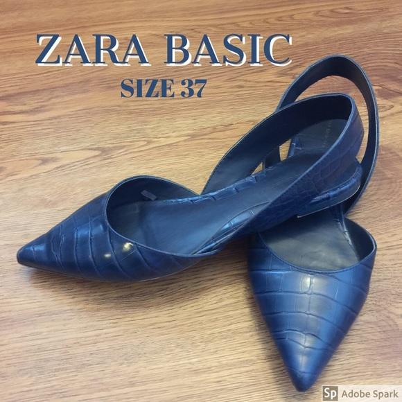Zara Basic navy blue snakeskin flats (size 37)