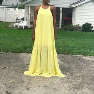 Dresses & Skirts - Yellow Maxi Dress